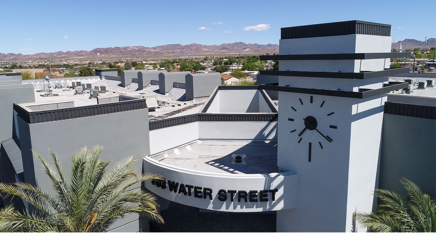 Roof Overlook with landscape background - Water Street